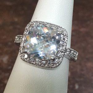 Lia Sophia rhinestone ring